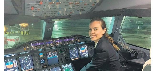 Airbus A-380'i havalandıran ilk Türk kadın pilotu oldu