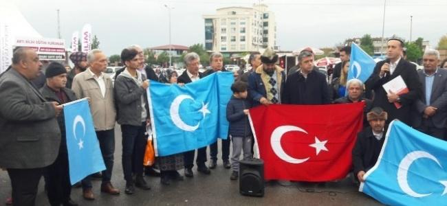 Osmaniye'de Doğu Türkistan'da yapılan Çin zulmü telin edildi
