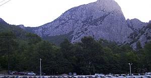 Dağda Mahsur Kalan 5 Kişiyi Jandarma Buldu