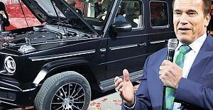 Efsane Oyuncu Schwarzenegger Mercedes G Serisini Tanıttı