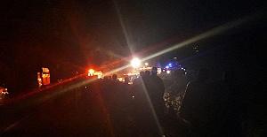 Minibüs Uçuruma Düştü: 3 Ölü, 3 Yaralı
