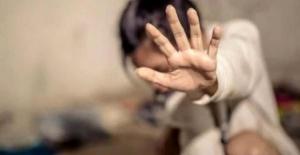 Uyurken Sevgilisi ve Arkadaşının Tecavüzüne Uğradı