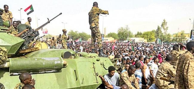 Sudan'da darbe sonrası tutuklamalar devam ediyor
