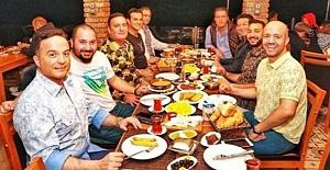 Adnan Oktar'ın Müritlerinden Skandal Sahur Yorumu!