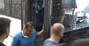 Ünlü Gömlekçi'de Adnan Oktar'cı Çıktı! O da Gözaltına Alındı!