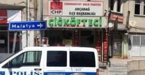 CHP ilçe Binası Kurşunlandı