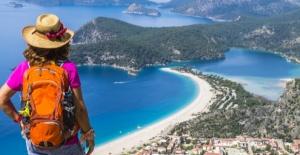 Turizmden Yılsonunda 15 Milyar Dolar Gelir Beklentisi